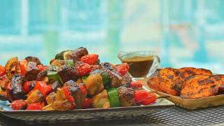 Balsamic Steak Skewers with Mixed Vegetables and Grilled Sweet Potatoes - Video