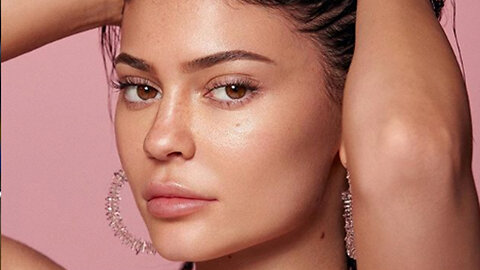 Kylie Jenner Under Fire For LYING About Kylie Skin Being Vegan & Animal Cruelty Free!