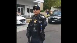 Federal officers pepper spray protesters at the ICE facility in SW Portland - Video
