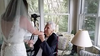 Future Bride Cherishes Last Moments With Cancer-Stricken Father - Video