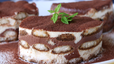 Creamy & crunch tiramisu recipe