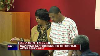 Davontae Sanford rushed to hospital after being shot - Video