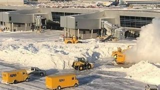 Timelapse Shows JFK Airport Snow Removal After Operations Resume - Video