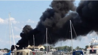 Boats at Cedar Point Marina Catch Fire - Video