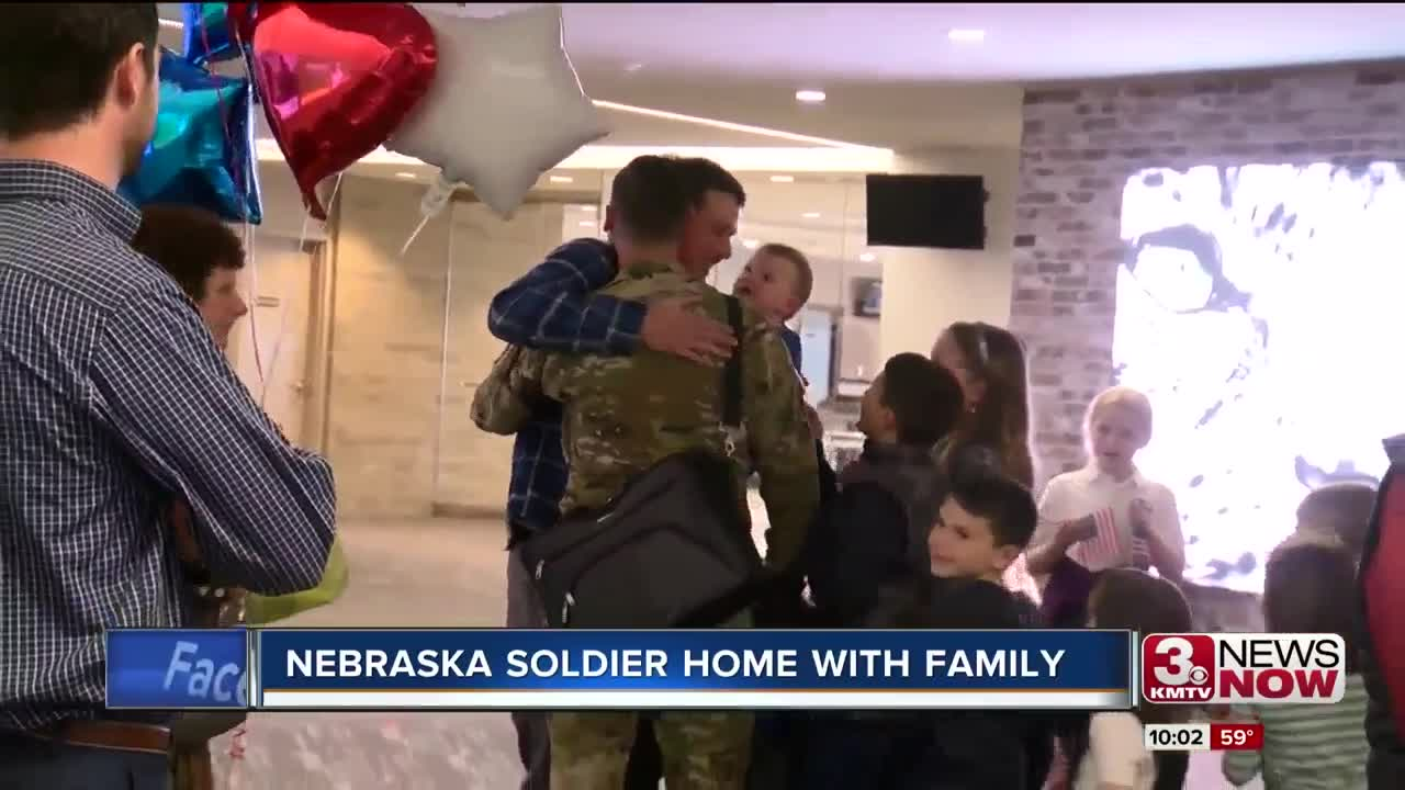 Nebraska soldier met with emotional homecoming