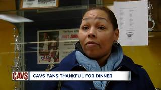 The Cav's JR Smith gives out 250 turkeys to fans and those in need - Video
