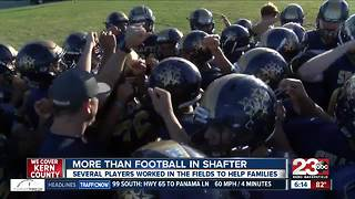 Shafter High football players work in fields to help parents pay bills - Video