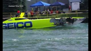 Collision at metro Detroit powerboat races kills one man - Video