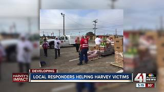KC first responders heading home after helping in Texas - Video
