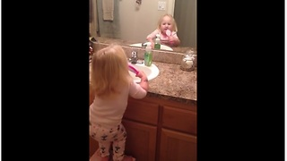 The best way to get your toddler to brush her teeth - Video