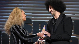 Beyonce SURPRISES Colin Kaepernick with Muhammad Ali Legacy Award - Video