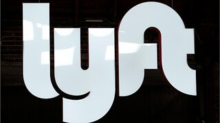 Lyft delivers earnings reports