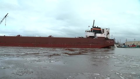Cargo ship arrives at Port of Milwaukee