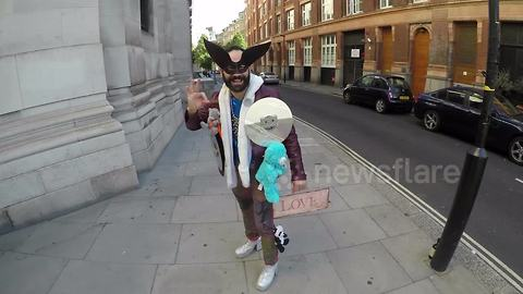 Man shows off eccentric style outside London Fashion Week