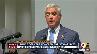 Police officers honored for saving lives with tourniquets - Video
