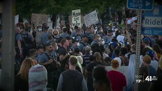Peaceful protest over police brutality overtakes Plaza