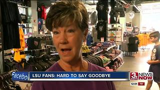 College World Series a hard goodbye for LSU fans - Video