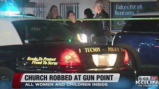Armed gunmen rob church on southside - Video