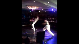 These Brazilian fighters on the dance floor steal the show - Video
