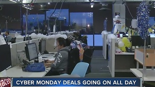 Online retailers gear up for Cyber Monday - Video