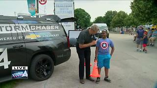 Brian Gotter's Yearly Assistant at Summerfest - Video