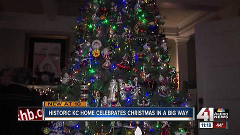 Historic home celebrates Christmas in a big way