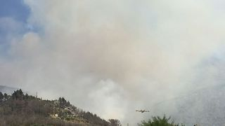 Planes Fight Significant Forest Fire in Croatia - Video