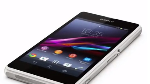 Top 10 mobile phones for summer 2014