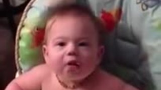 Baby can't contain excitement for favorite food - Video