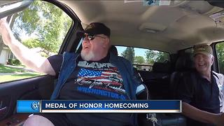 Medal of Honor winner Gary Wetzel comes home - Video