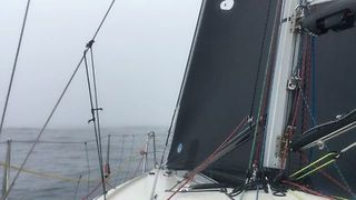 Yachts Encounter Heavy Fog in Race for Hobart Victory - Video