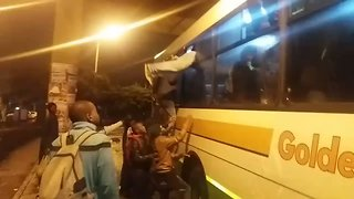 Frustrated Commuters Riot in Cape Town Train Station - Video