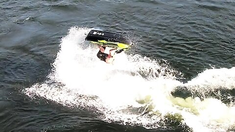 Jet skier performs amazing stunts on his machine