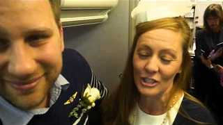 Happy Couple Tie the Knot at 35,000 Feet - Video