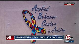 Group offers free swim lessons to autistic kids - Video
