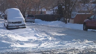 Snow removal agencies prioritize routes - Video