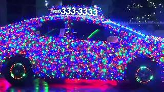 Crazy Christmas light cab shines in North Carolina - Video