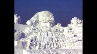 World's Largest Santa Sculpture - Video