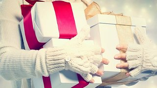 Holiday Help: 3 Quick & Easy Gift Wrapping Solutions - Video