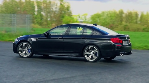 Donuts and power slides in a 2014 BMW M5 F10