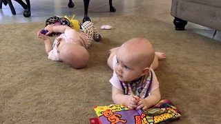 Crying Twins Instantly Calm Down When They Hear Justin Timberlake Song - Video