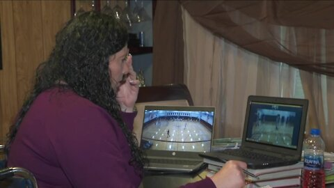 Dedicated to the game: Sacred Heart's Carrie Owens coaching from home while recovering from accident