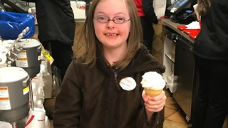 Girl With Down Syndrome Is Delighted as She's Made Honorary Employee of Memphis Chick-fil-A - Video