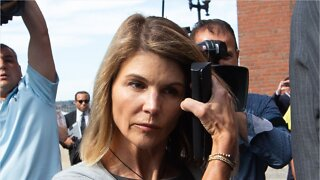 Lori Loughlin And Her Husband Will Plead Guilty In College Admissions Scandal