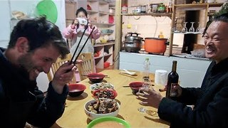 Christmas Dinner Made With Traditional Chinese Appliances Goes Terribly Wrong - Video