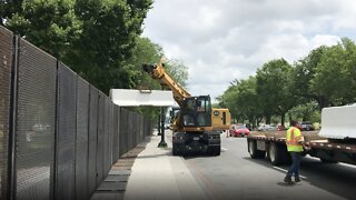 Temporary Fence Near White House Begins Coming Down