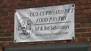 Local pet food pantry sees huge increase in need during COVID-19 pandemic