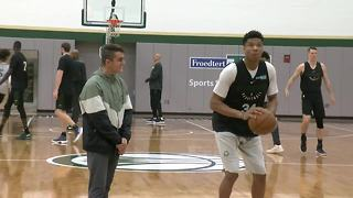 Milwaukee Bucks help boy's Make A Wish come true - Video