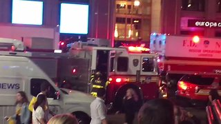Train Derailed at New York's Penn Station - Video