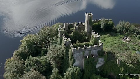 Drone captures epic footage of ancient castle in Ireland